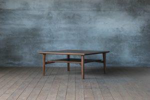 SOLID名古屋 リビングテーブル