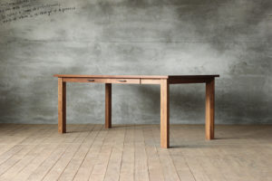 SOLIDオリジナルテーブルの画像