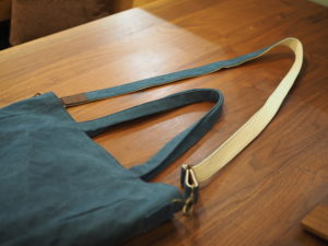 帆布トートバッグ