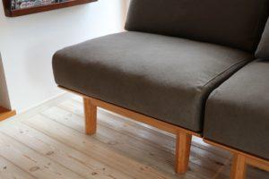 アームレスソファ SLC02 美容室の待合室 座面アップ