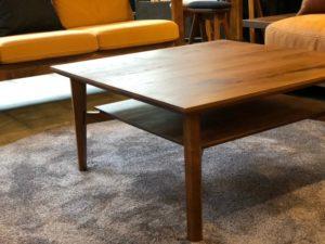 SOLID名古屋店のリビングテーブル